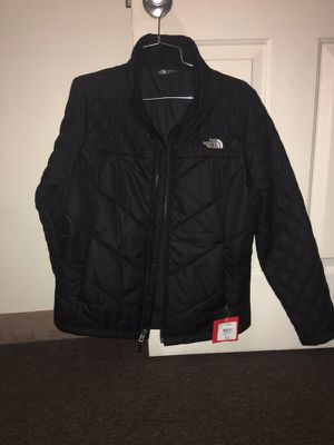 Brand new original the north face jacket for Sale in Worcester, MA