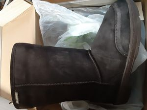 Bearpaw womens boots for Sale in Baltimore, MD