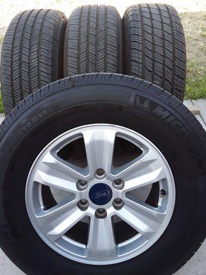 """17""""Rines y Llantas Ford f.150 semi Nuevas cash only for Sale in Bloomington, CA"""