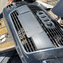 Audi A6 2006 Front Bumper Cover With Grille for Sale in Fontana,  CA