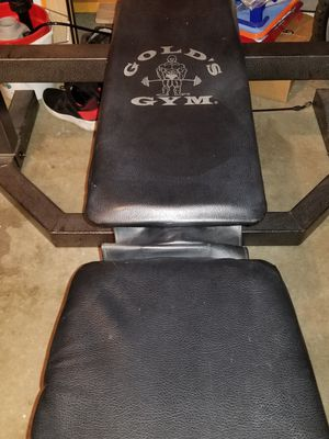 Golds Gym Weight Bench for Sale in Salunga-Landisville, PA