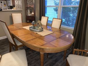 Dining room table with 6 chairs for Sale in Lexington, KY