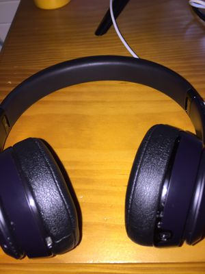 Black Beats solo 3 with case for Sale in Plant City, FL
