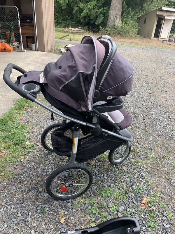 Graco Jogging Stroller & Car Seat Travel System