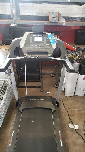 pro form treadmill for Sale in Fresno, CA