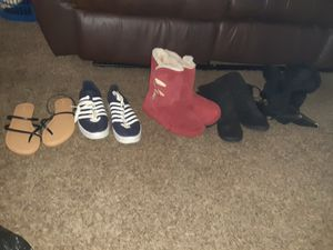 Lot of 5 shoes, sandals and heels,boots for Sale in Wichita, KS