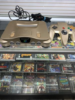Nintendo 64 Gold Complete $150 Gamehogs 11am-7pm for Sale in East Los Angeles, CA