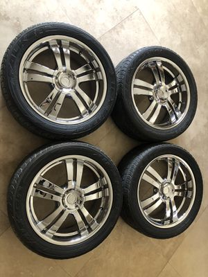 Chrome 20inch rims for Sale in Las Vegas, NV
