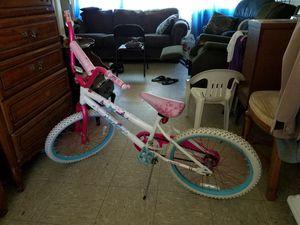 Huffy girl bike for Sale in Culver City, CA