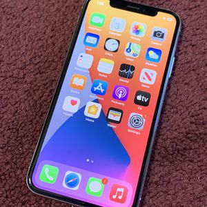 iPhone 📲 X 64GB factory unlocked for Sale in Silverado, CA