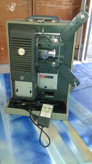 Movie projector 8mm for Sale in Enumclaw, WA