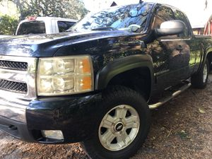 Chevy Silverado 1500 for Sale in Lutz, FL