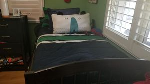 Twin bed Trundle with 3 drawers great condition never used for Sale in Miami, FL
