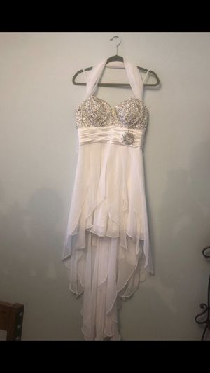 White prom/party dress for Sale in Chicago Ridge, IL