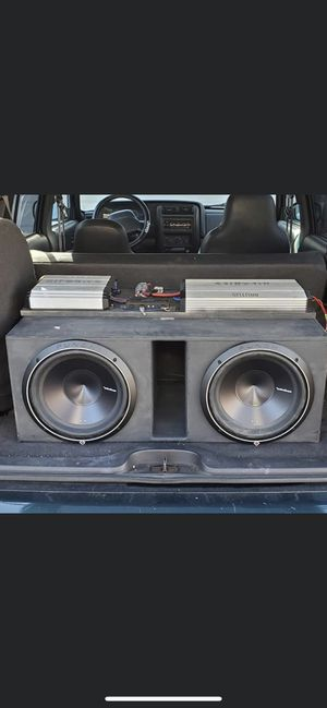 Rockford Fosgate P3 and amp slams for Sale in Northampton, MA