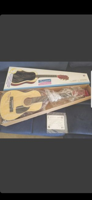 30IN SIGNED CLAY WALKER BURWOOD GUITAR (NEW)WITH COA for Sale in Delray Beach, FL