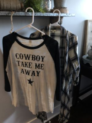 Ladies L/XL Country Outfitters Never Worn for Sale in Lee's Summit, MO
