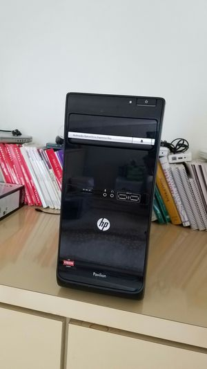 HP Pavilion P6-2376 AMD, 2.80 GHZ, 8GB, 1TB HD, 6 USB Ports, WIN 10 for Sale in Woodbury, NY