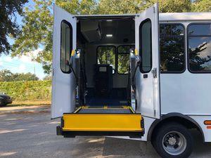 2017 Chevy Express 4500 Wheelchair Van for Sale in Orlando, FL