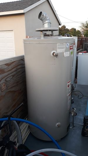 Water heater O,A,NSMITH 75 galones gas 75 000 bth for Sale in Bloomington, CA