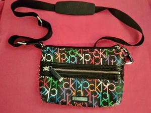 BRAND NEW CALVIN KLEIN CK CLUTCH PURSE HANDBAG W/OVER THE SHOULDER STRAP for Sale in Phoenix, AZ
