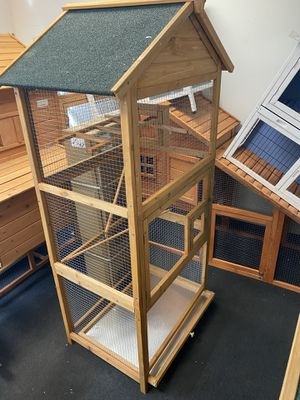 "Lovupet 70"" Wood Bird Cage Play House Parrot Finch Cockatoo Macaw Aviary Pet Supply 0011 for Sale in Bell Gardens, CA"