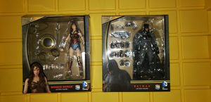 Mafex Batman and Wonder Woman for Sale in Moreno Valley, CA