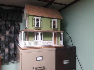Doll house for Sale in Franklin Park, IL