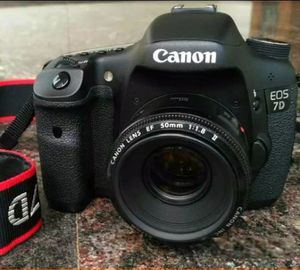 Canon EOS 7D Digital SLR Camera w/ 50mm Lens and accessories FIRM PRICE for Sale in Anaheim, CA