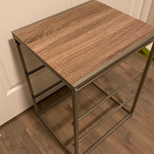 Nightstand Or Side Table for Sale in Lynnwood, WA