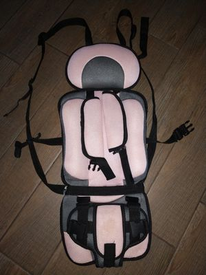 Portable 5 point Harness Pink Booster Seat for Sale in Gulfport, FL