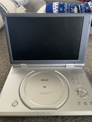 Portable DVD player 10.2 in screen Ways to headphone jacks and remote for Sale in Palmdale, CA