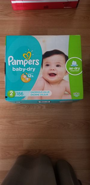 Pampers size 2 for Sale in Plant City, FL