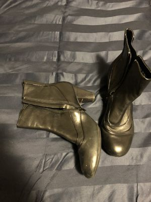 Clarks All Black Leather Boots Size 10 for Sale in Atlanta, GA