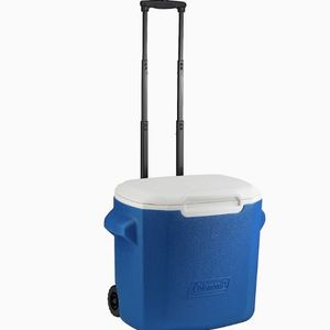 Like New Large Coleman cooler for Sale in San Diego, CA