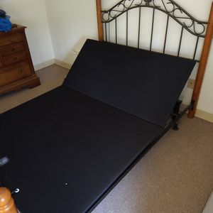 Adjustable Bed Base for Sale in Cromwell, CT