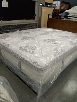 14 inch queen plush hybrid mattress 50 down same day delivery for Sale in Grove City, OH