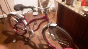 Female lightly used Kent Cruiser bike for Sale in Atlanta, GA