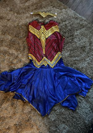Wonder Woman Halloween Costume Women's size Large for Sale in Ontario, CA