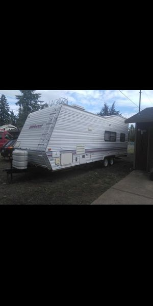 "1999 28"" Wildwood Toy Hauler for Sale in Portland, OR"