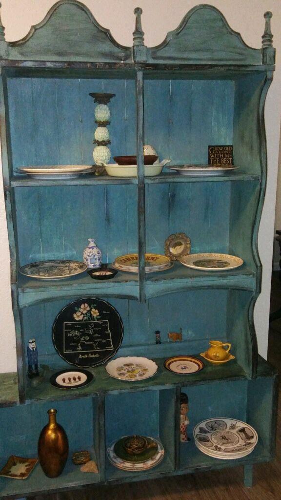 2 piece vintage hutch