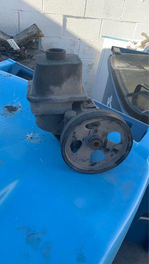 2004 Chevy trailblazer parts Stirring wheel pump for Sale in Las Vegas, NV