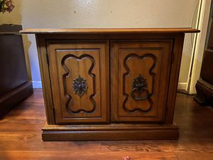 Drawer nightstand cabinet antique style for Sale in El Monte, CA