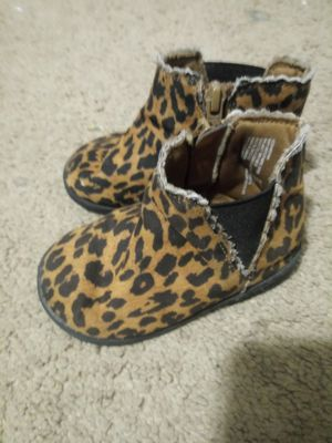 Baby girl cheetah short boots size 5 for Sale in Phoenix, AZ
