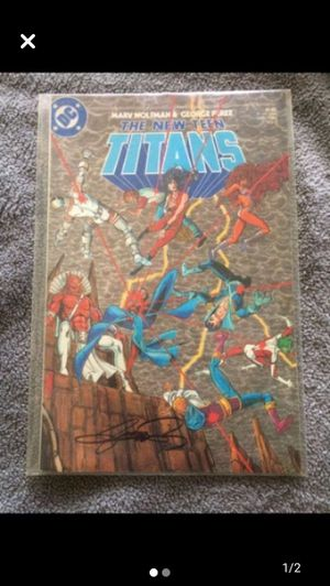 DC The New Teen Titans - AUTOGRAPHED for Sale in Hazleton, PA