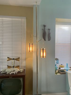Vintage Mid Century Modern Brass Tension Pole Lamp with Fiberglass Lampshades for Sale in Rancho Cucamonga, CA