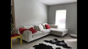 Modern sectional white couch for Sale in Sebring, FL