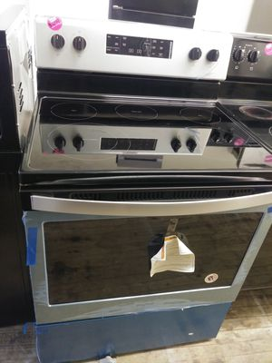 Whirlpool brand new black and stainless steel smooth top electric range for Sale in Cleveland, OH