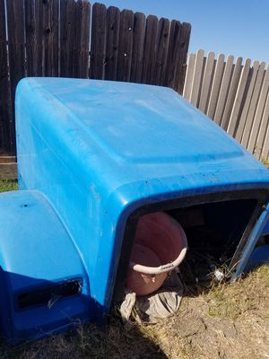 Hood for Freightliner Classic XL for sall $ 450 for Sale in North Highlands, CA