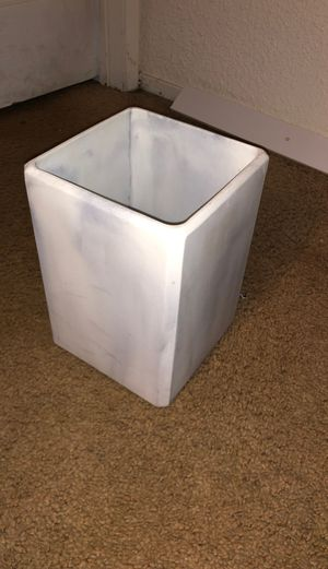 Office trashcan for Sale in Spring Valley, CA